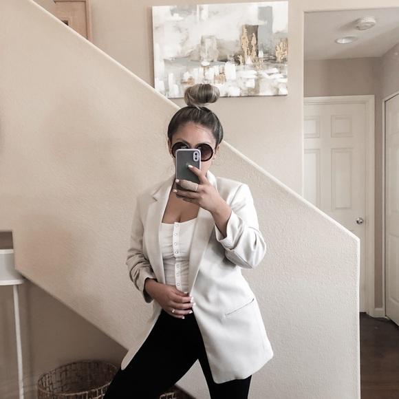 H&M Long Boyfriend Cream Rushed Sleeve Blazer